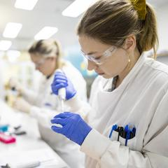UQ vaccine scientists report positive results from pre-clinical testing